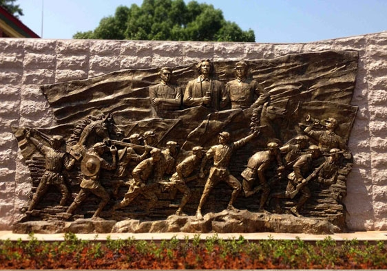 铸铜人物浮雕雕塑
